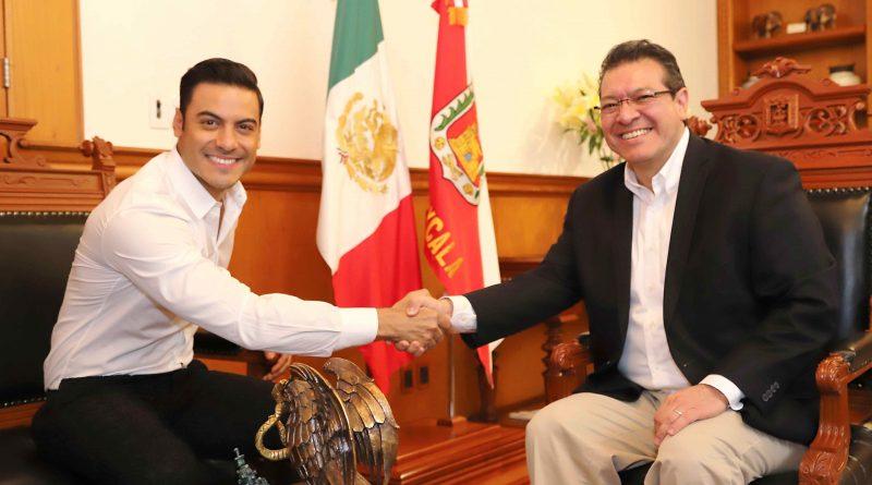 Filma Carlos Rivera en Tlaxcala y se Reúne con Marco Mena
