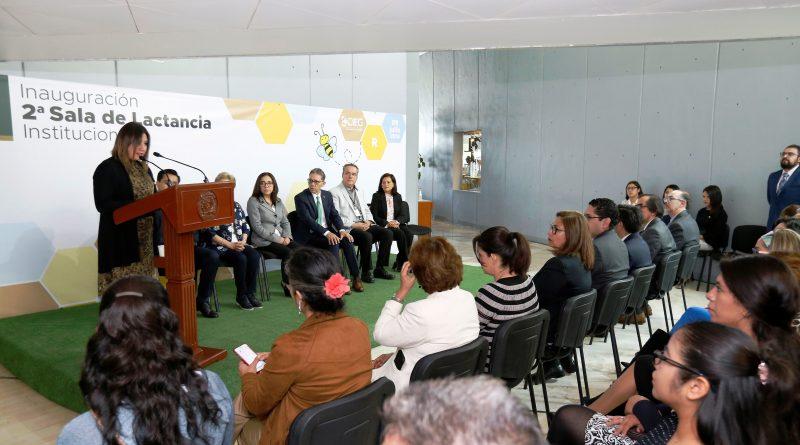 Inauguró Alfredo Barrera Segunda Sala de Lactancia de UAEM