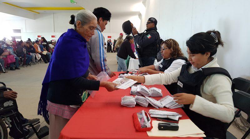 Realizó Sedesol Feria de Servicios para Adultos Mayores en Terrenate