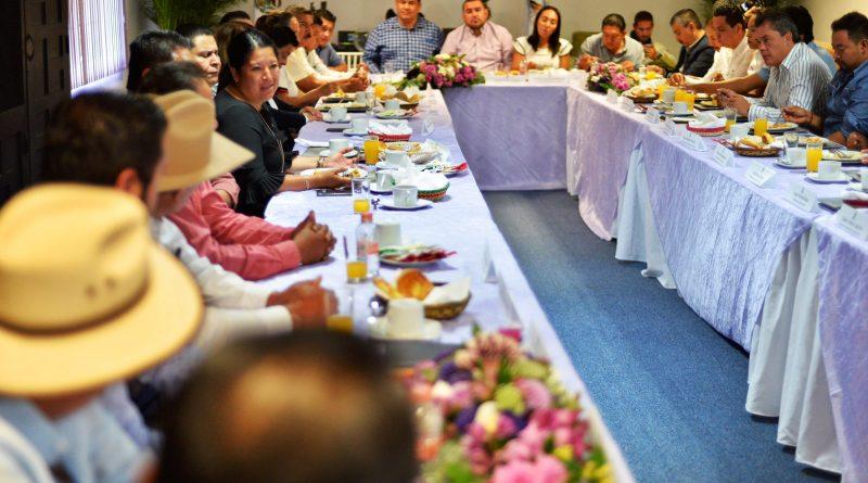 Busca Gobierno Electo Trabajar en Coordinación con Presidentes Municipales Electos