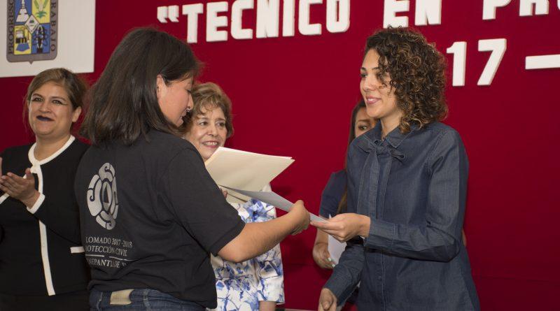 Consolida Tlalnepantla a la Vanguardia al Impartir Diplomados de Protección Civil a sus Jóvenes