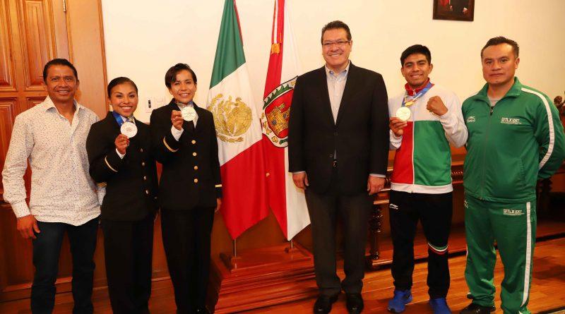 Distingue Marco Mena a Tlaxcaltecas Triunfadores en Barranquilla 2018