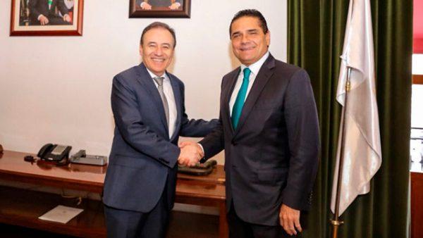 Recibió Silvano Aureoles Conejo en Palacio de Gobierno a Alfonso Durazo