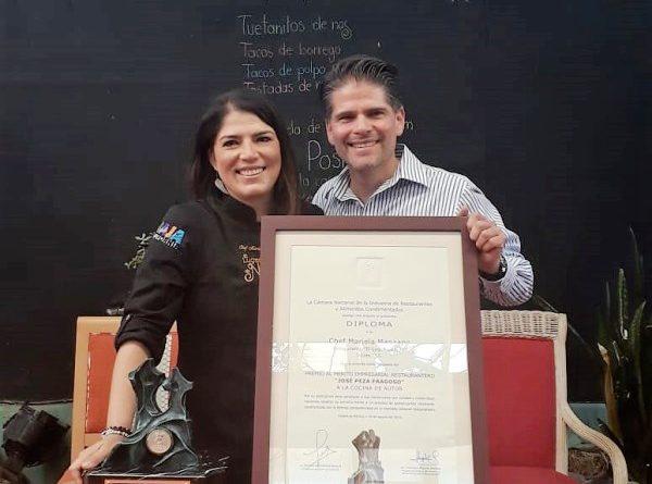 Premiación del Mérito Empresarial Restaurantero a Cocina de Autor en Tecate
