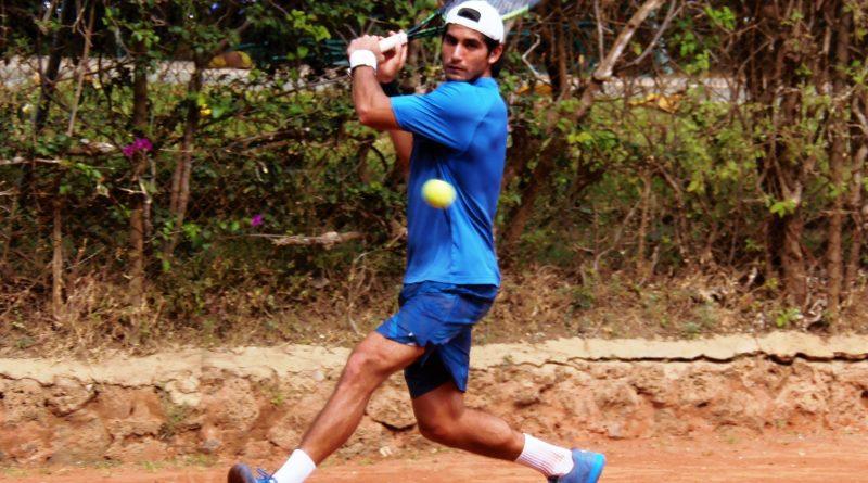 Miguel Gallardo-Toño Ruiz y Aramburu-Tigre Hank, en el Nacional de Tenis