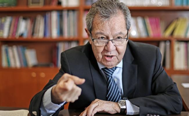 Entrevista a Porfirio Muñoz Ledo, al término de la ceremonia de Izamiento de Bandera