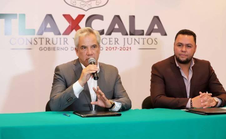 Signan Convenio Secte e Icatlax para Capacitar a Choferes del Transporte Público