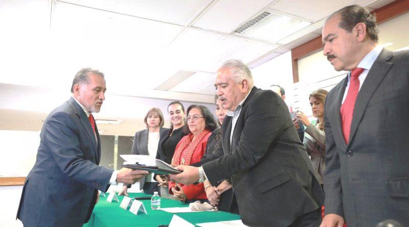 Inscrito Líder de la CNOP, Arturo Zamora, para Contender a la Secretaría General del PRI