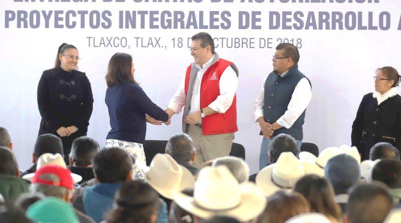 Entrega Marco Mena 42 mdp para Proyectos Agropecuarios en Beneficio de 500 Familias