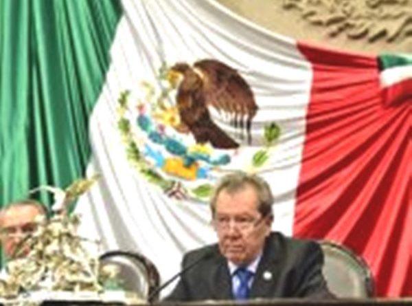 Muñoz Ledo Rememora Aniversario de La Constitución de 1824