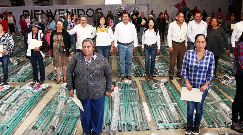 Entregan 232 Paquetes Productivos a Mujeres del Campo