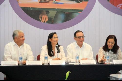 Convoca Laura Fernández CONAFE a Impulsar un Mayor Vínculo con Alcaldes del País