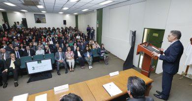 Liderazgo de Universitarios, Responsabilidad Irrevocable que Exige Autonomía Institucional: Alfredo Barrera