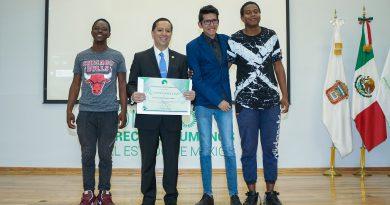 Presentan Estudiantes de la UAEMex Documental sobre Migración en la Codhem