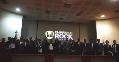 Obtienen Alumnos del TecNM Premio Emprendedor Canacintra