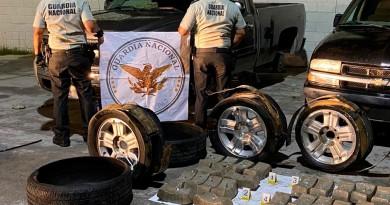 Guardia Nacional Aseguró Alrededor de 60 Kilos de Aparente Crystal Ocultos En Los Neumáticos de una Camioneta